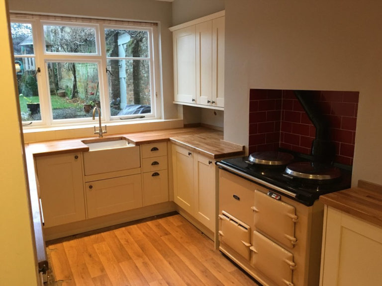 kitchen design and fitting in basingstoke cream kitchen with belfast sink
