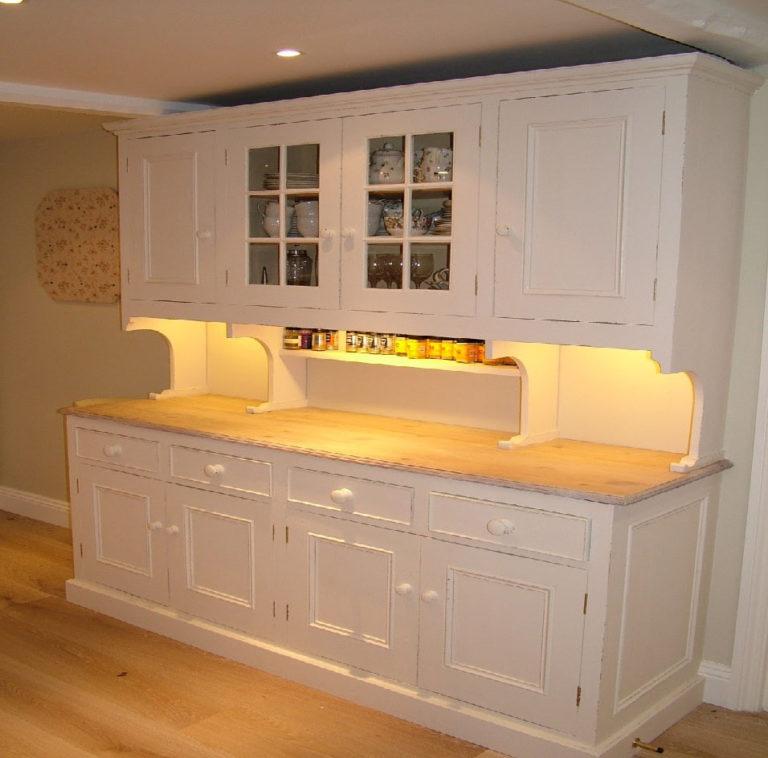 kitchen dresser david matthews carpentry and joinery basingstoke